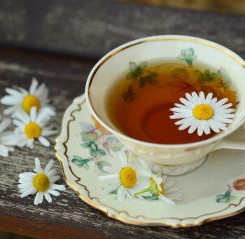 Herbata z rumianku na stres